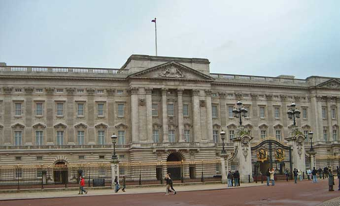 An exterior view of Buckingham Palace.