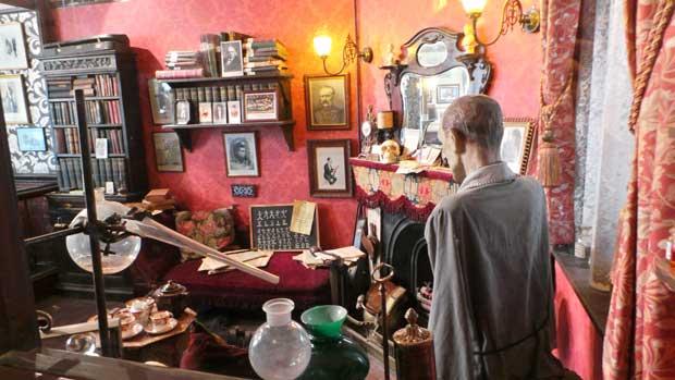 The Sherlock Holmes Mystery Walk An Elementary London Tour