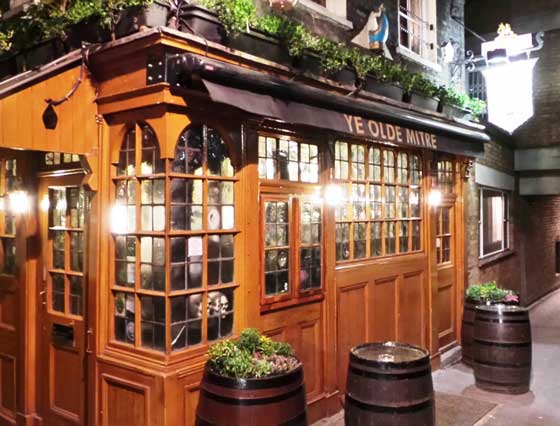 The hidden pub we encounter on our walks around London.